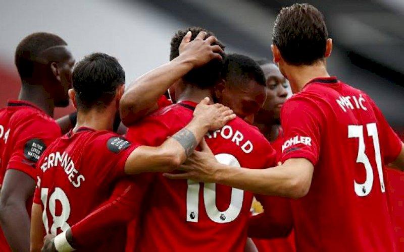 PESTA GOL. Pemain Manchester United merayakan salah satu gol saat pesta gol ke gawang Bournemouth 5-2 di Old Trafford, Sabtu (4/7/2020) malam WITA. foto: net