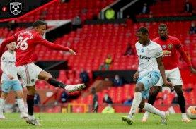 Manchester United Akhirnya Tembus Tiga Besar