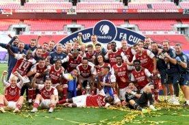 Arsenal Raja Piala FA