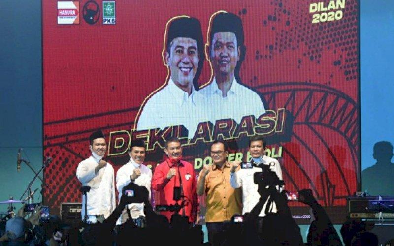 DEKLARASI. Bakal calon Wali Kota danWakil Wali Kota Makassar, Syamsu Rizal-Fadli Ananda (Dilan), menggelar deklarasi secara virtual di Tribun Lapangan Karebosi, Kota Makassar, Senin (31/8/2020) malam. foto: istimewa