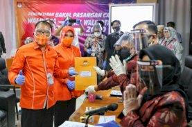 Danny-Fatma Resmi Terdaftar di KPU Makassar