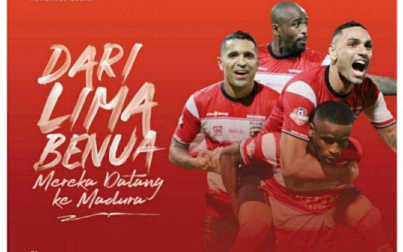 BUKU. Presiden Madura United FC, Achsanul Qosasi, meluncurkan buku 'Achsanul Qosasi: 10.01 Cerita Bola: dari Madura, Moscow Hingga Liverpool'. foto: istimewa