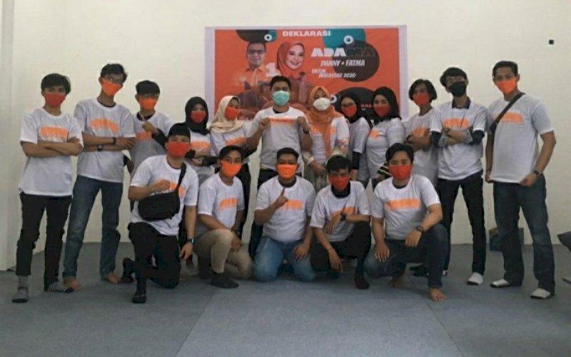 DUKUNGAN. Komunitas anak muda, Milenial Makassar mendeklarasikan diri menjadi relawan Mohammad Ramdhan Pomanto-Fatmawati Rusdi (Danny-Fatma), Minggu (18/10/2020). foto: istimewa