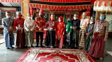 Tjahjo Kumolo Dikukuhkan Sebagai Keluarga Kerajaan Gowa