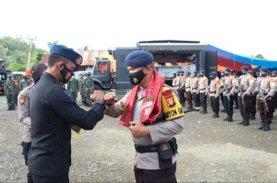 Brimob Polda Sulsel Tuntaskan Misi Kemanusiaan di Sulbar