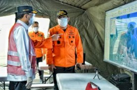 Tim Gabungan Temukan Bagian Pesawat Sriwijaya Air SJ 182