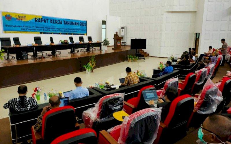 RKT. Suasan pembukaan Rapat Kerja Tahunan (RKT) 2022 Politeknik Negeri Ujung Pandang (PNUP) di Kampus II Moncongloe, Maros, Jumat (22/1/2021). Kegiatan ini berlangsung hingga Sabtu (23/1/2021). foto: istimewa