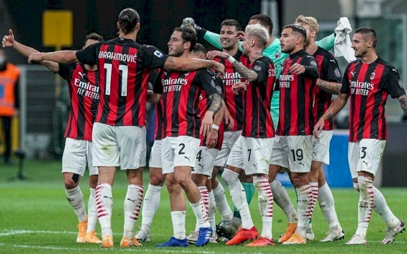 JUARA PARUH MUSIM. AC Milan keluar sebagai juara paruh musim. foto: twitter @ibra_official