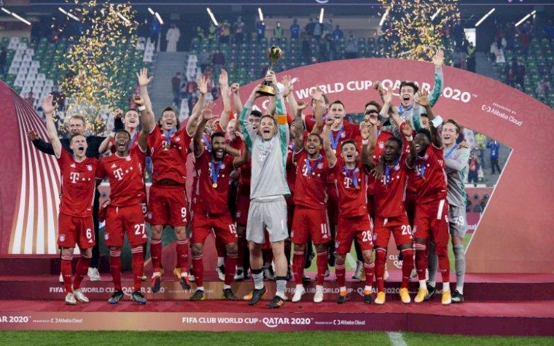 PESTA JUARA. Para pemain Bayern Munich melakukan selebrasi usai menjuaraiPiala Dunia Klub 2020 dengan mengalahkan wakil Meksiko, Tigres UANL lewat skor tipis 1-0 di Education City Stadium, Qatar, Kamis (12/2/2021) dini hari WITA. foto: twitter @fcbayern