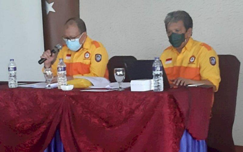 ORIENTAMA. Ketua PDK Kosgoro 1957 Sulsel, Haris Yasin Limpo (kiri), memberikan keterangan rencana pelaksanaan Orientama Kosgoro 1957 pada tingkat regional yang berlangsung di Hotel Aryaduta Makassar, 23-24 Februari 2021 mendatang. foto: istimewa