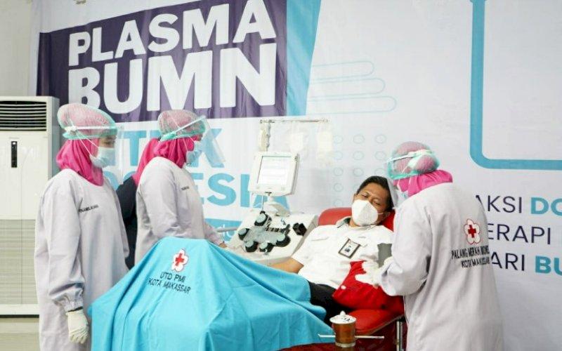 PELUNCURAN. Kementerian BUMN bekerja sama dengan PMI meluncurkan program 'Plasma BUMN untuk Indonesia' serentak di 15 provinsi dan disaksikan secara online di 34 provinsi, Senin (8/2/2021). foto: humas pelindo IV