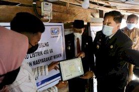 831 Unit Rumah Warga Miskin di Wajo Kini Dialiri Listrik