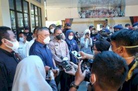 Danny-Fatma Dampingi Waketum Nasdem Jenguk Korban Bom Bunuh Diri di Gereja Katedral Makassar