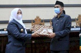 Fatmawati Paparkan LKPJ Wali Kota Makassar 2020 dalam Rapat Paripurna DPRD