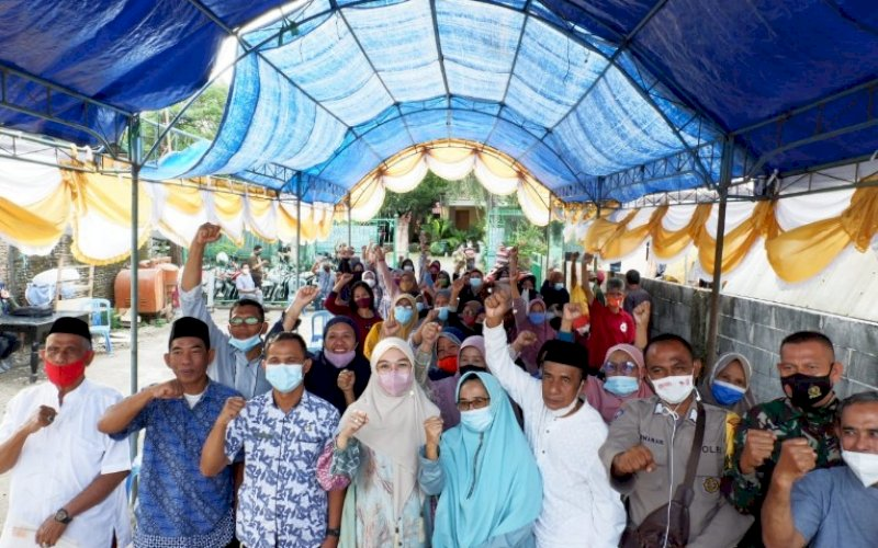 RESES. Anggota DPRD Kota Makassar, Budi Hastuti, melaksanakan Reses Kedua Masa Persidangan Kedua Tahun Anggaran 2020-2021, Kamis (22/4/2021). foto: istimewa