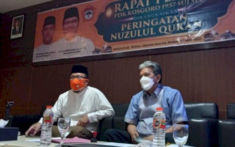 7PIMPIN RAPAT. Ketua PDK Kosgoro 1957 Sulsel, Haris Yasin Limpo (kiri), memimpin rapat pleno dirangkaikan dengan peringatan Nuzulul Qur'an di Hotel Grand Maleo Makassar, Senin (2/5/2021). foto: istimewa