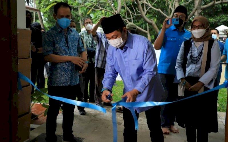 PERESMIAN. Ketua Umum Gelora Indonesia, Anis Matta, meresmikan Gelora Media Centre di Jakarta, Selasa (4/5/2021). foto: humas partai gelora