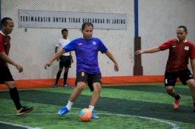 Danny Pomanto Vs Tim Futsal Turatea Jeneponto Eratkan Silaturahmi