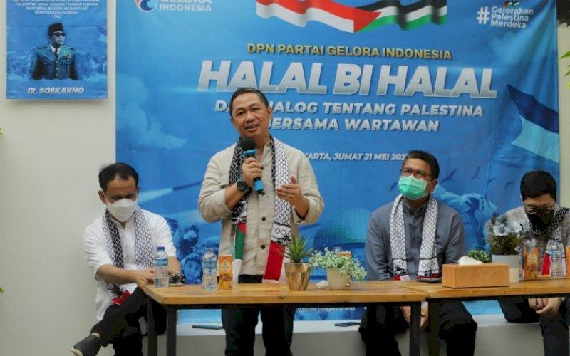 HALALBIHALAL. Ketua Umum Partai Gelora Indonesia, Anis Matta, berbicara pada Halalbihalal dan Dialog tentang Palestina dengan wartawan di Gelora Media Centre, Jakarta, Jumat (21/5/2021) lalu. foto: humas gelora