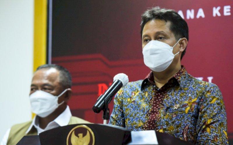 BERI KETERANGAN. Menteri Kesehatan, Budi Gunadi Sadikin, memberikan keterangan pers usai Rapat Terbatas, di Kantor Presiden, Jakarta, Senin (31/05/2021) sore. foto: humas setkab