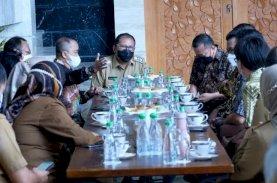 MCC Berikan Saran Keamanan Bersepeda kepada Wali Kota Makassar