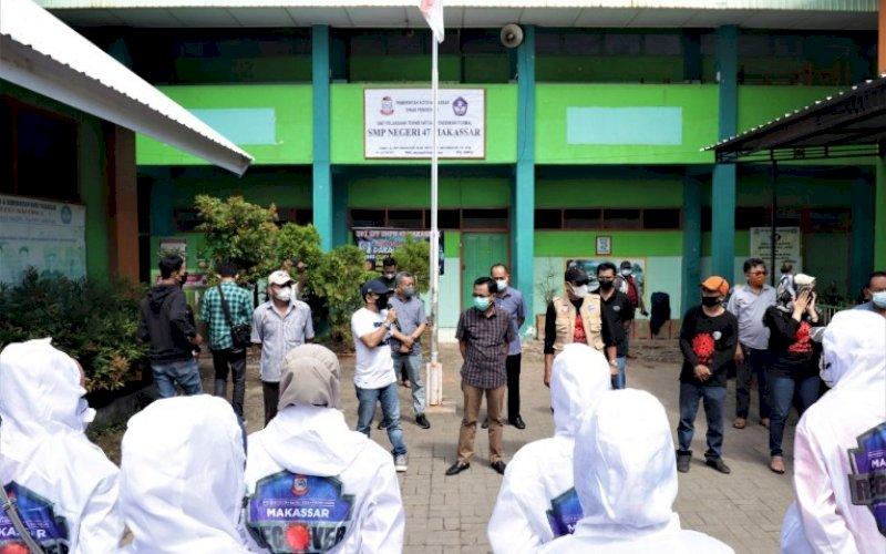 PEMANTAUAN. Plt Sekretaris DPRD Makassar, Harun Rani, memimpin pemantauan dengan mengunjungi Kantor Kecamatan Makassar, Kelurahan Barana, dan Kelurahan Maccini. foto: istimewa