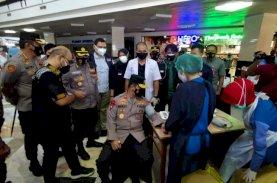 Kapolda Sulsel Apresiasi IDI Makassar Bersama Kalla Gelar 10.000 Vaksinasi Serentak 4 Titik