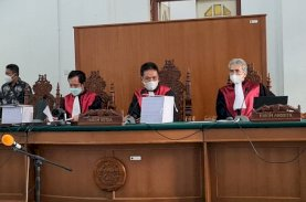 Petrus Yalim dan Thiawudy Wikarso Blak-blakan Setor Uang ke Nurdin Abdullah