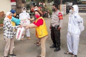 LCMR Bagikan 320 Nasi Dos kepada Masyarakat Terdampak Covid-19