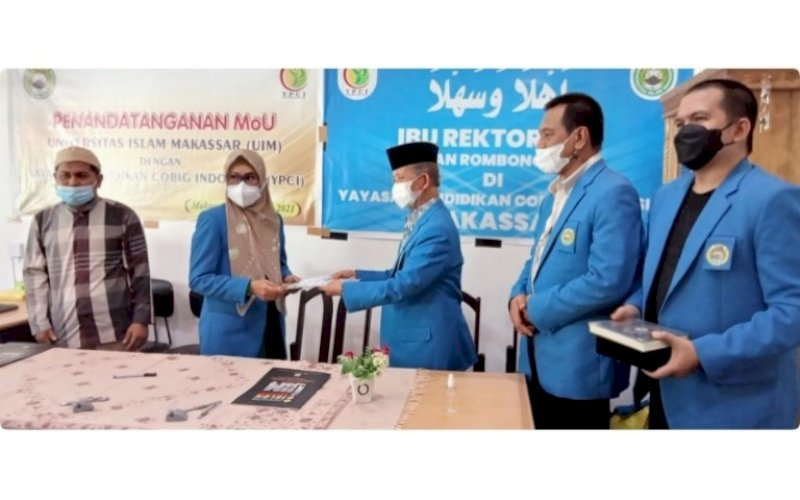 MOU. Rektor UIM, DR Ir Hj A Majdah M Zain MSi, menandatangani MoU dengan YPCI, Kamis (12/8/2021). foto: istimewa