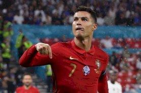 Cristiano RonaldoKembali ke Pelukan Manchester United