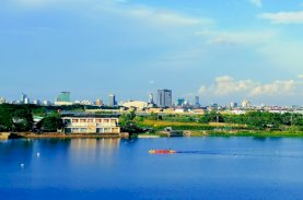GMTD Persembahkan Pinewood, Hunian Mewah dengan Pemandangan Danau Tanjung Bunga