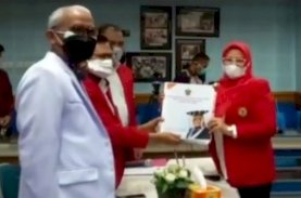 Prof Indrianty Mendaftar Calon Rektor Unhas Diantar Guru Besar, Dosen, dan Mahasiswa FEB