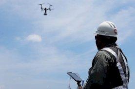 Makassar Recover Gunakan Drone Suplai Kebutuhan Medis ke Kapal Isolasi Apung Terpadu