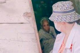 Bunda Syfa Kunjungi dan Bantu Warga Kurang Mampu yang Tinggal Sendiri di Gubuk Kecil