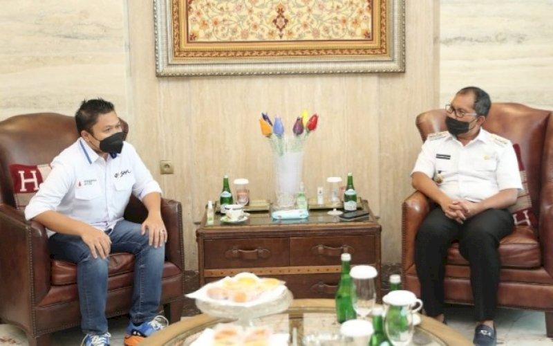 AUDIENSI. Wali Kota Makassar, Moh Ramdhan Pomanto, menerima kunjungan audiensi Direksi Perseroda Sulsel di kediaman pribadinya, Jl Amirullah, Kota Makassar, Rabu (8/9/2021). foto: istimewa
