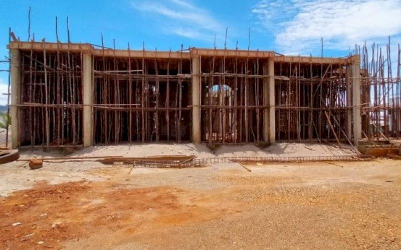 PEMBANGUNAN MASJID. Pembangunan masjid di sebuah desa di Konawe Utara, Sulawesi Tenggara, yang diinisiasi Andi Amran Sulaiman melalui ASS Foundation. foto: istimewa
