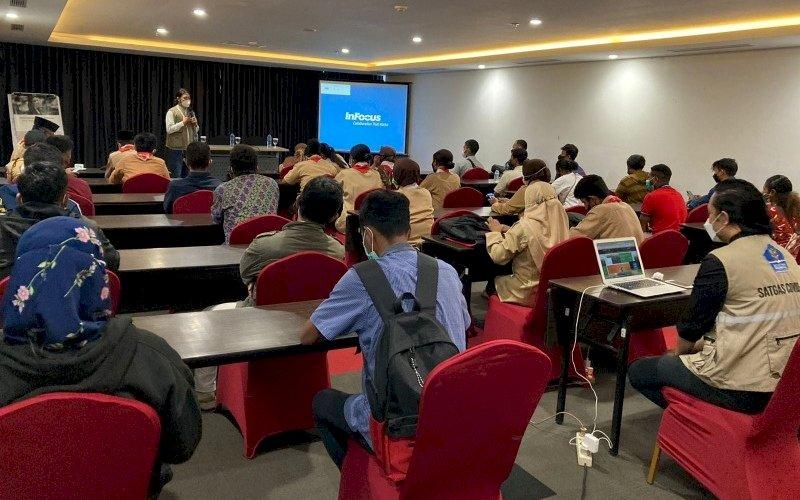 PENINGKATAN KAPASITAS. Sebanyak 123 relawan dari berbagai lembaga mendapatkan peningkatan kapasitas dalam rangka persiapan PON XX Papua 2021 di Kota Jayapura, Papua, Jumat (24/9/2021). foto: istimewa