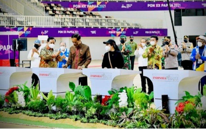PERESMIAN. Presiden Joko Widodo meresmikan tujuh arena pertandingan yang akan digunakan dalam perhelatan PON XX Papua Tahun 2021di Istora Papua Bangkit, Kabupaten Jayapura, Sabtu (2/10/2021). foto: istimewa