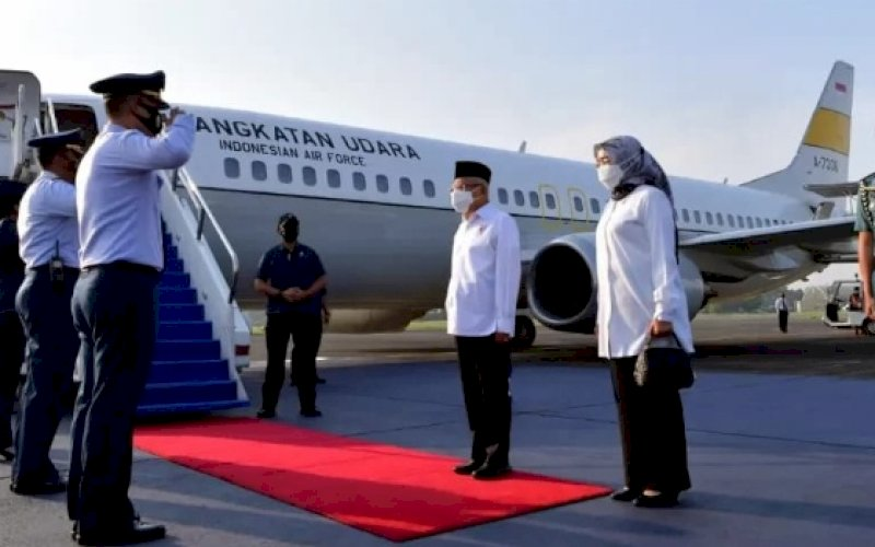 KUNKER. Wapres RI, Ma'ruf Amin, bertolak ke Ambon untuk melakukan rangkaian kegiatan pada kunjungan kerja di Provinsi Maluku, Rabu (13/10/2021) pagi. foto: istimewa