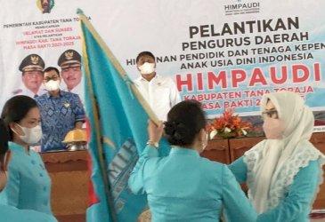 Majdah Lantik Pengurus Himpaudi Tana Toraja 2021-2025