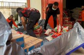 BPBD Sulsel Salurkan Bantuan untuk Korban Angin Puting Beliung Terjang 5 Desa di Bone