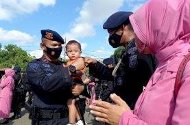 Forkopimda Sambut Kepulangan 90 Personel Brimob Bone dari Papua